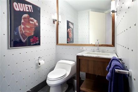 Oliver Stone Apartment bathroom