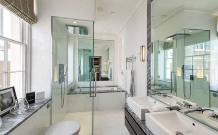Townhouse London bathroom