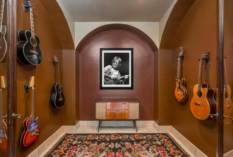 Miley Cyrus Family Home For Sale