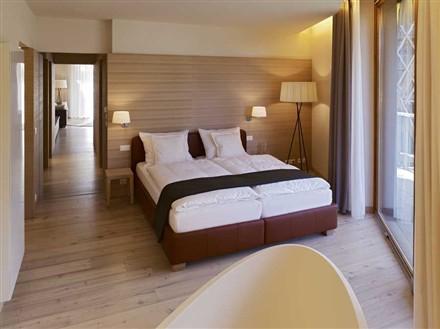Edel Weiss Residences bedroom