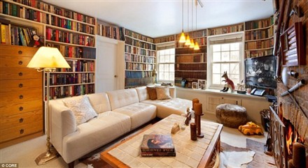 Chelsea Townhouse in-house library