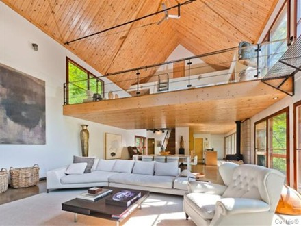Halle Berry Vacation Home Canada Montreal