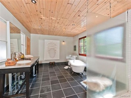 Halle Berry Vacation Home Canada interior