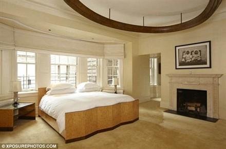 Madonna Central Park West duplex bedroom