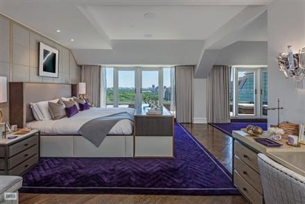 Plaza Hotel Penthouse bedroom