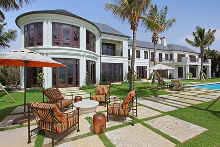 Mansion in Manalapan