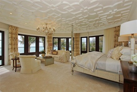 Mansion in Manalapan master bedroom