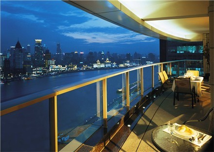 Half of Shanghai luxury homes empty