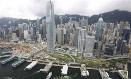 Hong Kong to continue growth in 2011