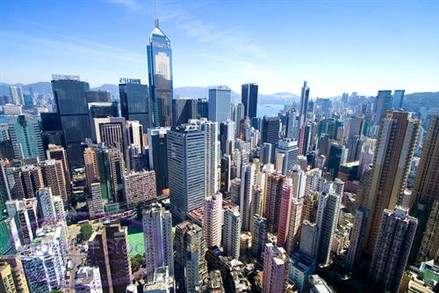 HK property sales volume plunges in end of 2010
