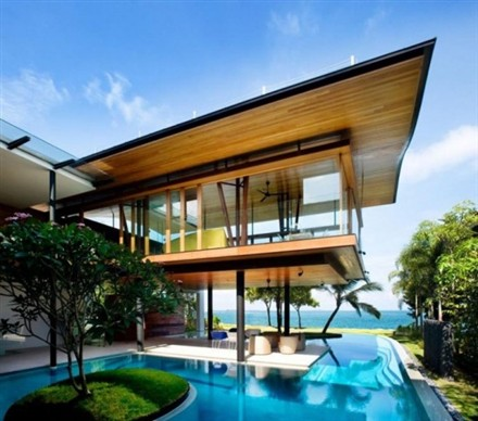 Luxury property market still hot in Singapore