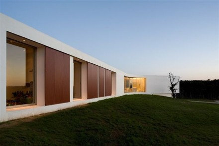 Y House portugal