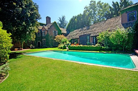 Luxury Mansions Celebrity Homes Nicolas Cage S Bel Air House