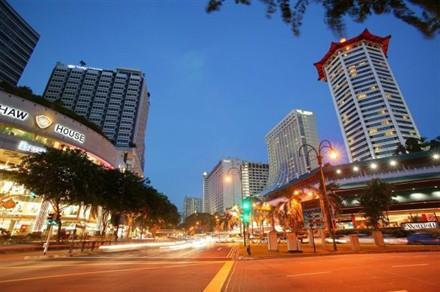 singapore robinsons luxury streetwear