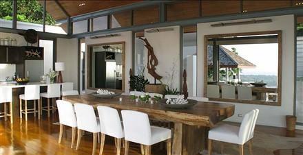 Villa Chan Grajang Phuket dining