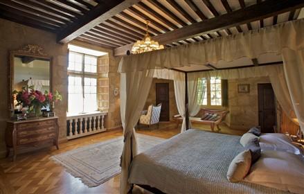 Chateau d'Arricau Bordes bedroom