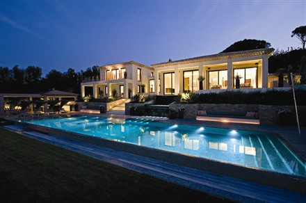 La Tarasque Villa