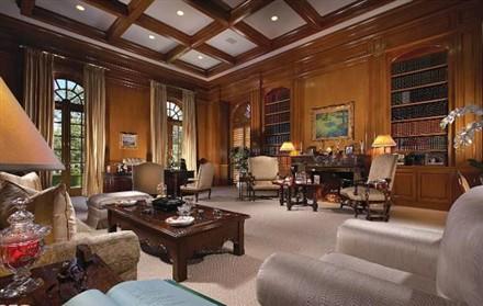 spelling mansion interior
