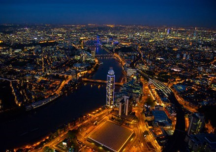 伦敦最高的住宅大楼落成
