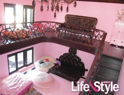 luxury mansions celebrity homes paris hilton 39 s dog mansion